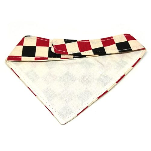 Chess – Bandana for cats and small dogs (Red)